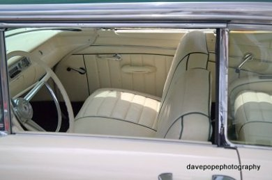 08-pukekohe-news-fairlane-interior