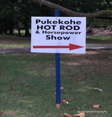 26-pukekohe-news-sign