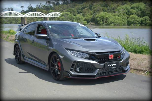 Video: Pukekohe Honda Meet: Civic Type R Display